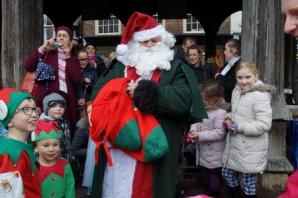 Ledbury Christmas lights a switch-on success despite the weather